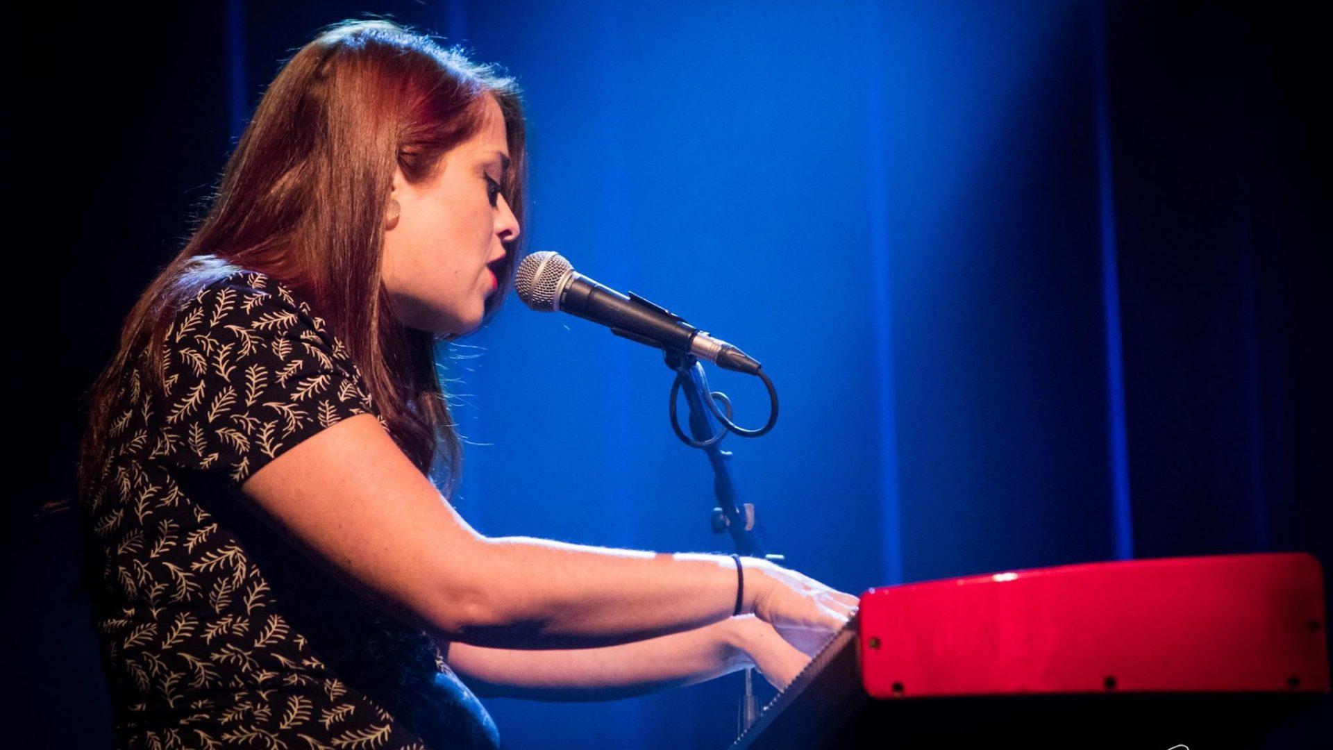 Laura Gabrielle Chanteuse pop rétro